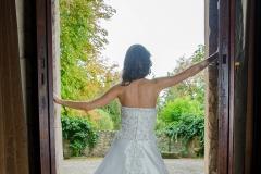 A vonalú menyasszonyi ruha Gyömrő 98 a Mystic Moment Esküvői Szalonban Gyömrőn
