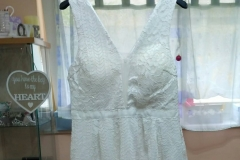 Eladó rövid csipkés menyasszonyi ruha Mystic Moment Esküvői Ruhaszalon Gyömrő