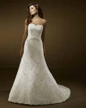 2b892d1ff1 A vonalú menyasszonyi ruha Mystic Moment Esküvői Ruhaszalon Gyömrő