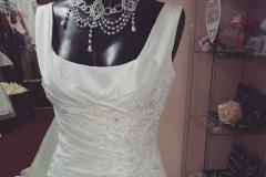 Pántos menyasszonyi ruha Gyömrő Mystic Moment Esküvői Szalon