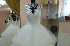Fodros menyasszonyi ruha Mystic Moment Esküvői Ruhaszalon Gyömrő