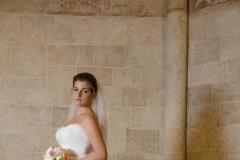 Fehér menyasszonyi ruha a Mystic Moment Esküvői Ruhaszalonban Gyömrőn