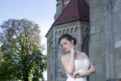csipke menyasszonyi ruha Mystic Moment Esküvői Ruhaszalon Gyömrő