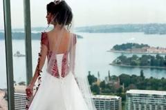 Menyasszonyi ruha 165 Mystic Moment Esküvői Ruhaszalon Gyömrő