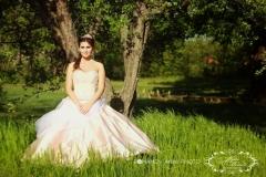 különleges színes menyasszonyi ruha a Mystic Moment Esküvői Ruhaszalonban Gyömrőn