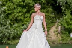menyasszonyi ruha 004 Mystic Moment Esküvői Ruhaszalon Gyömrő