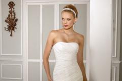 Sellő fazonú menyasszonyi ruha a pest megyei mystic moment esküvői szalonban kapható
