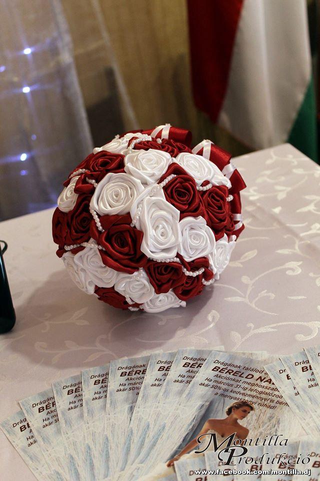 6ad25e3c61 örök csokor esküvőre - Mystic Moment Esküvői Szalon